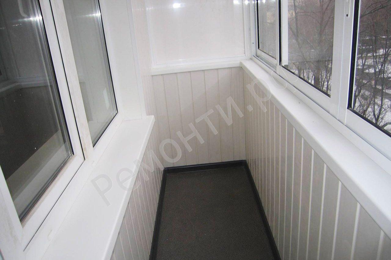 Как сделать ремонт на балконе из пластиковых панелей своими руками